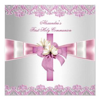 Rosa blanco de los primeros chicas cruzados de la invitación 13,3 cm x 13,3cm