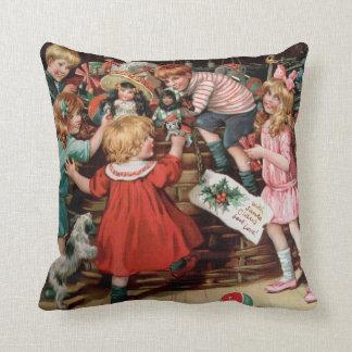 Rosa C. Petherick: The Christmas Basket Throw Pillow