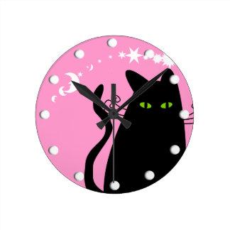 Rosa caprichoso del reloj del gato negro