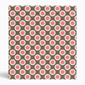 Rosa circundado retro de los puntos, de color topo