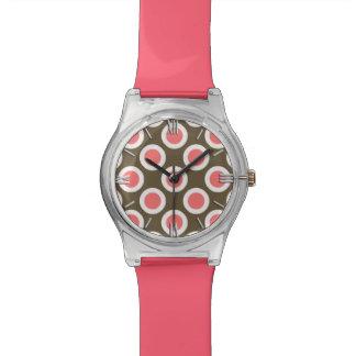 Rosa circundado retro de los puntos, de color topo relojes de pulsera