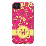 Rosa con el monograma amarillo del personalizado d iPhone 4 Case-Mate cárcasas