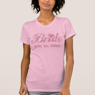 Rosa cursivo de la novia camisetas