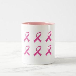 Rosa de la ayuda taza de café de dos colores