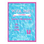 Rosa de la invitación de la fiesta en la piscina