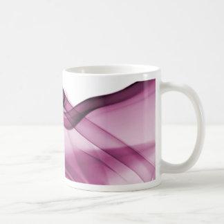 Rosa de la onda del arco iris taza clásica