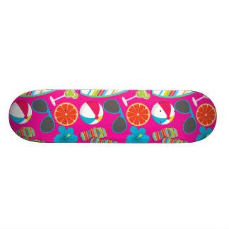Rosa de la pelota de playa de las gafas de sol de  patines
