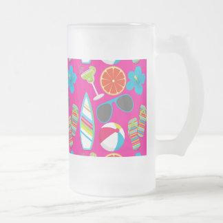 Rosa de la pelota de playa de las gafas de sol de taza de cristal