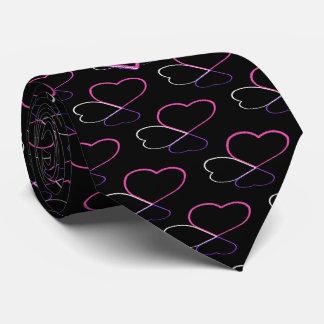 Rosa de los corazones del amor con monograma corbata