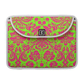 Rosa de neón elegante de moda del damasco en verde funda macbook pro