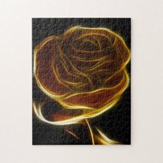 Rosa de oro diseñado con software del vector puzzles