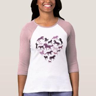 Rosa del caballo y de la camiseta del corazón playera