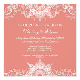 """Rosa del coral de la ducha de los pares del invitación 5.25"""" x 5.25"""""""