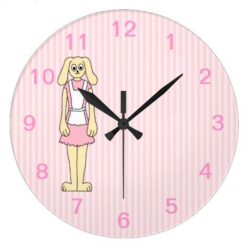 Rosa del dibujo animado, el llevar del conejo de c relojes de pared