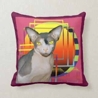 Rosa del gato del gatito de la esfinge de la cojín