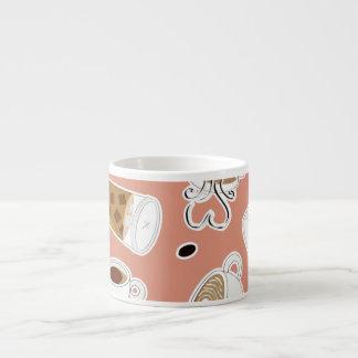 Rosa del modelo del amante del café tazitas espresso