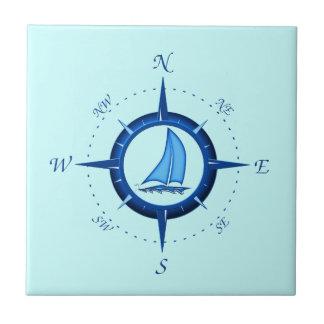 Rosa del velero y de compás azulejo cuadrado pequeño