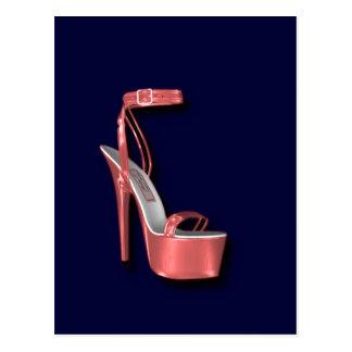 Rosa del zapato de las señoras del tacón alto postal