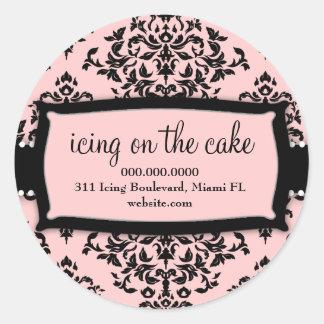 Rosa dulce de la guinda del pastel 311 pegatina redonda