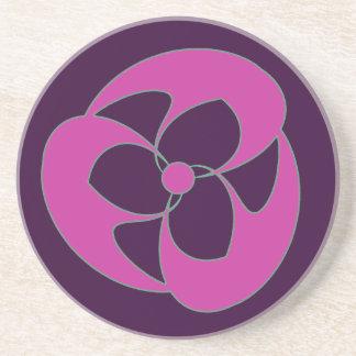 Rosa espiral creciente retro de Triquerta Posavasos Diseño