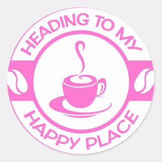 Rosa feliz del café del lugar A257 suavemente Pegatina Redonda
