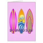 Rosa llevado para practicar surf tarjetón