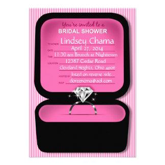 Rosa nupcial de la ducha de la caja del anillo de comunicado