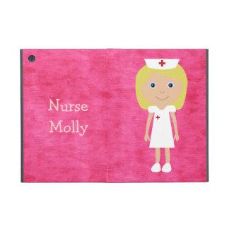 Rosa personalizado enfermera rubia linda del dibuj iPad mini cobertura
