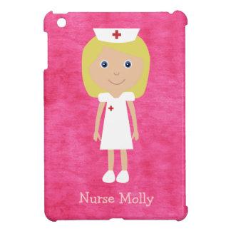 Rosa personalizado enfermera rubia linda del dibuj iPad mini carcasas