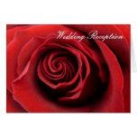 Rosa rojo de la invitación de la recepción tarjeta