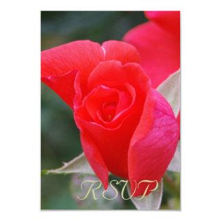 """Rosa rojo de Quinceanera RSVP Invitación 3.5"""" X 5"""""""