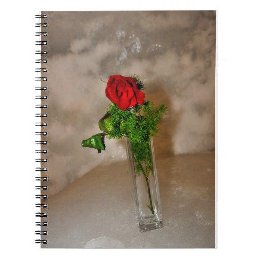 Rosa rojo libreta espiral