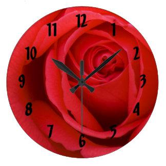 Rosa rojo reloj redondo grande
