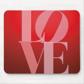 Rosa rojo romántico del amor mousepad