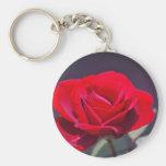 Rosa rojo romántico y significado llavero