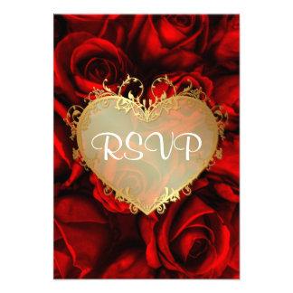 Rosa rojo RSVP que se casa floral