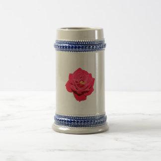 Rosa rojo jarra de cerveza