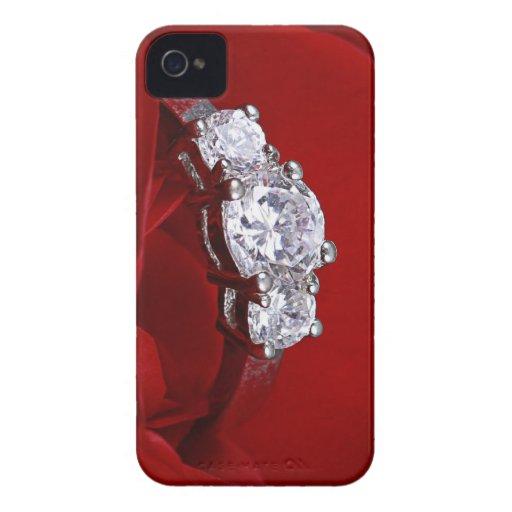 Rosa rojo y anillo de bodas iPhone 4 protectores