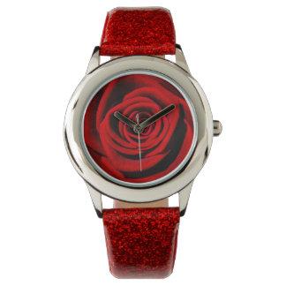 Rosa rojo y chispas relojes de pulsera
