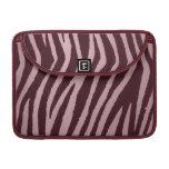 Rosa salvaje del estampado de zebra funda para macbooks