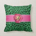 Rosa verde del estampado leopardo del monograma su cojines