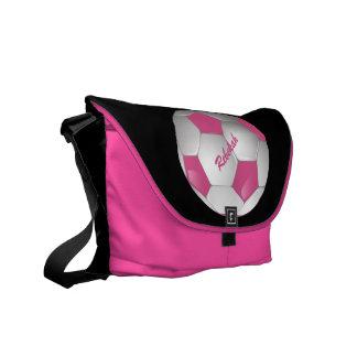 Rosa y blanco adaptables del balón de fútbol del bolsas messenger