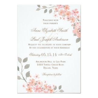 Rosa y invitación floral gris del boda