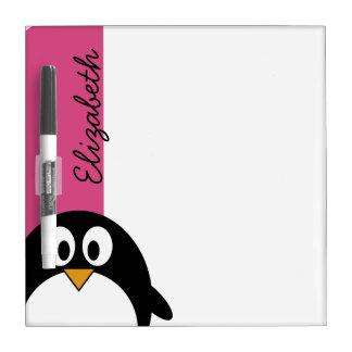 rosa y negro lindos del pingüino del dibujo animad pizarras blancas
