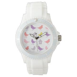 Rosa y pájaros en colores pastel púrpuras con el relojes de pulsera