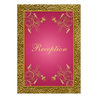 Rosa y tarjeta floral del recinto de la recepción