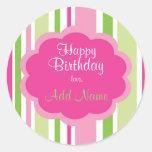 Rosa y verde del pegatina del feliz cumpleaños