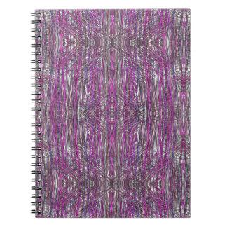 Rosado artístico y el gris alinea el cuaderno espi