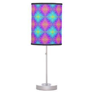 Rosado, púrpura, azul, decoración psicodélica de l lámpara de mesa