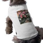 Rosas 1 de Lovis Corinto Camiseta De Perro